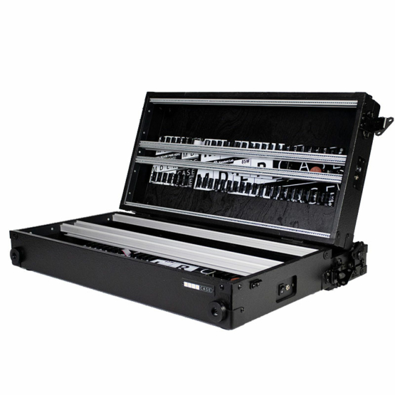 MDLRCASE 14U 126HP performer series pro angle view 555x555 MDLRCASE Performer Series Pro 14u/126HP (Configurable)
