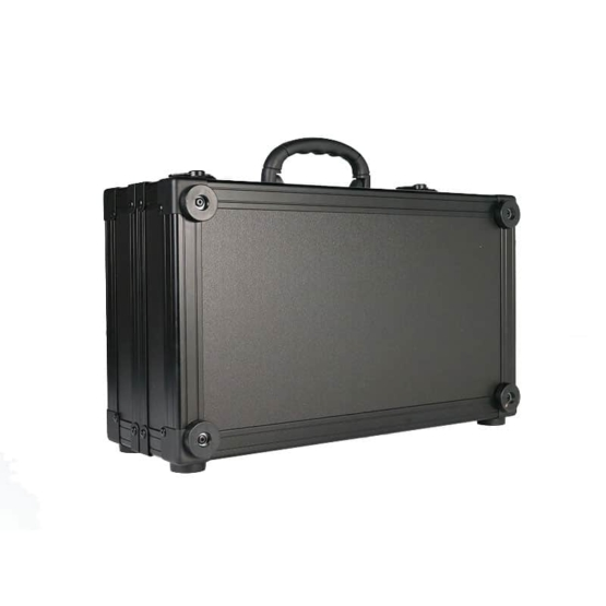 MDLRCASE 6U 94HP compact travelcase angle closed view 555x555 MDLRCASE Compact Travel case 6U/94HP