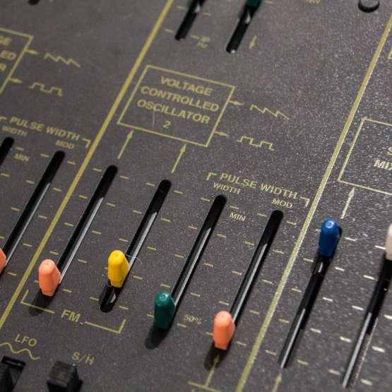 Korg Arp Odyssey rev2 lim Ed. usato used detail 555x555 Korg Arp Odyssey Rev 2 Limited Edition (used)