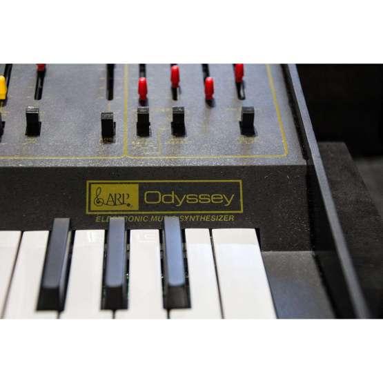 Korg Arp Odyssey rev2 lim Ed. usato used detail name 555x555 Korg Arp Odyssey Rev 2 Limited Edition (used)